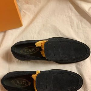 Tod's Shoes - Men's Tods Suede Loafers US Size 9